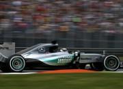 Rosbergs un Fetels samazina Hamiltona pārsvaru otrajā treniņā Moncā