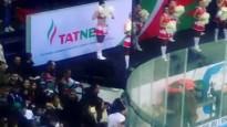 KHL mačā laikā tribīnēs izceļas nekārtības