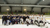 """Saeimas hokeja komanda """"uzdāvina"""" uzvaru Valsts policijas vienībai"""