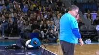 NBA jocīgākajos momentos cieš arī talismans