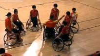 Pasaules čempionātā treneris iesit spēlētājai ratiņkrēslā