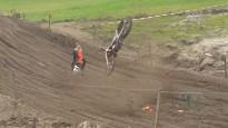 MXGP braucējs Koldenhofs treniņā pamatīgi nokrīt