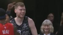 Bertāns iekļūst NBA jocīgāko momentu topā