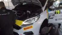 Kā tiek veikli nomainīts rallija auto dzinējs?
