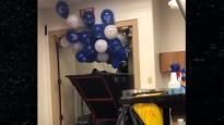 NBA jocīgākajos momentos arī balonu aizvākšana