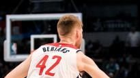 Bertānam 10+8, cīnoties pret NBA austrumu pastarīti