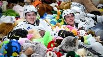 Pasaules rekords mīksto rotaļlietu samešanā - 45 650
