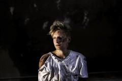 Video: Jauniešu rok grupa Melns uz Balta izdod mūzikas VIDEO!