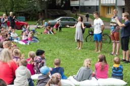 """Valmieras vasaras teātra festivāla atklāšanā - koncertprogramma """"Vilki papardēs"""""""