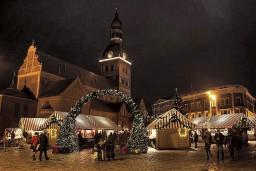 Pirmajā Adventē Rīgā tiks iedegta svētku egle un sāks darboties Ziemassvētku tirdziņi