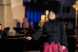 """Ineses Galantes fonds aicina uz  """"Ziemassvētku prelūdiju"""""""