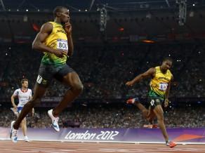 Bolts triumfē arī 200 metros, Jamaikai viss pjedestāls