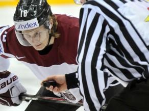 """Ābols: """"Joprojām gribu uz NHL, un Zviedrija ir laba līga attīstībai"""""""