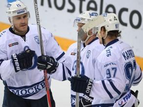 """Karpovam """"hat-trick"""", Karsums un """"Dynamo"""" pārspēj SKA"""