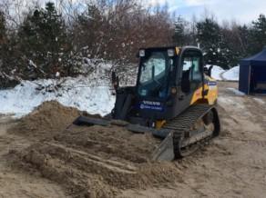 Ventspilī uzsāk pludmales volejbola stadiona būvniecību, kas izmaksās 175 tūkstošus
