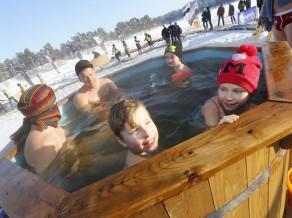 Karostā risināsies ziemas peldēšanas čempionāts
