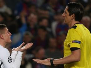 PSG pēc 1:6 Barselonā vēršas UEFA un sūdzas par tiesnešu kļūdām