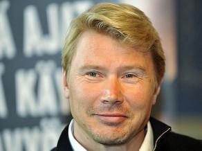 "Hakinens atgriežas ""McLaren"" komandā"