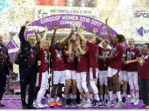 "Bagātā ""Yakin Dogu"" pirmo reizi izcīna FIBA Eiropas kausu"