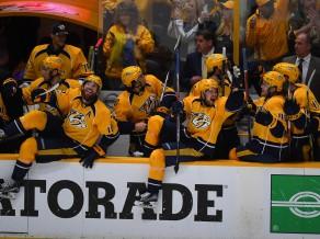 """""""Predators"""" <i>piebeidz</i> Čikāgu, nākamajā kārtā arī """"Penguins"""""""