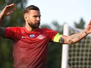 """""""Spartaka"""" ģenerāldirektors Gauračs nodrošina čempioniem pirmo uzvaru"""