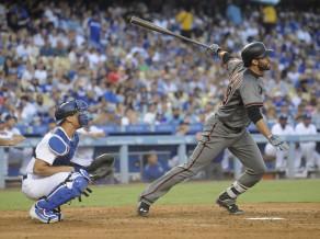 "Martinezam ""Home run"" rekorda atkārtojums, ""Diamondbacks"" sagrauj ""Dodgers"""
