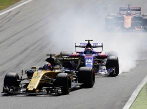"""""""McLaren"""" šķirs sadarbību ar """"Honda"""", Sainss pāries uz """"Renault"""" komandu"""