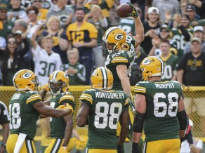 """""""Packers"""" sezonu sāk ar uzvaru pār """"Seahawks"""""""