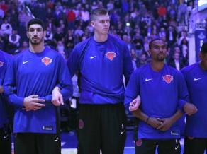 """Porziņģis nepiedalās treniņā, """"Knicks"""" paraksta līgumu ar Bērku"""