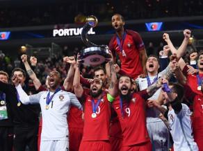 Portugāle trillera cienīgā spēlē iegūst telpu futbola Eiropas čempionāta zeltu