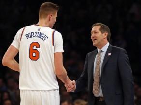 """Uzreiz pēc sezonas beigām """"Knicks"""" atlaiž galveno treneri Hornačeku"""