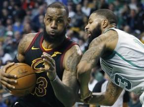 """""""Cavaliers"""" un """"Celtics"""" šķēršļu pilnie ceļi krustojas Austrumu konferences finālā"""