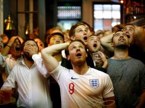 Anglija sēro. Anglija sēro?