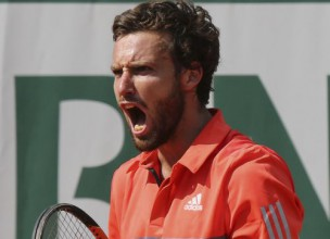 """Gulbis trijos setos pārvar """"French Open"""" pirmo kārtu"""