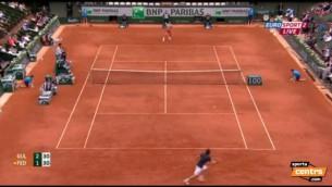 Video: Gulbis pārspēj titulēto Federeru