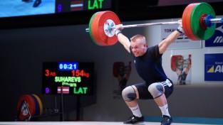 Suharevam 1 kg līdz pjedestālam junioru pasaules čempionātā