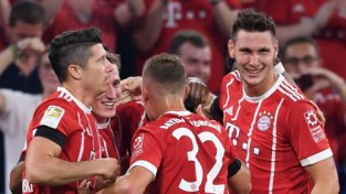 """Jaunpienācēji sekmē """"Bayern"""" uzvaru sezonas startā"""