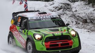 """Gorbans ar WRC auto """"Rally Alūksne"""" līderis pēc nakts ātrumposmiem"""