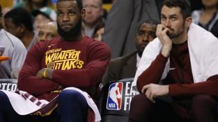 """Neatkarīgi no Lebrona lēmuma, """"Cavaliers"""" vēlas paturēt sastāvā Lavu"""