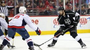 """Dautijs pagarina līgumu ar """"Kings"""" un kļūs par NHL vislabāk apmaksāto aizsargu"""