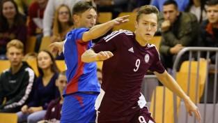 Telpu futbola izlasei minimāls zaudējums pārbaudes mačā pret Moldovu