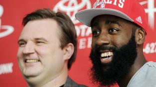 """Hjūstonas bijušais ĢM Morijs pievienosies """"76ers"""", """"Clippers"""" vēlas divkārtējo čempionu Rondo"""