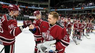 """Hokeja apskatnieks pēc Biļalova pārejas: """"KHL beidzot jāaizliedz slēptās īres"""""""