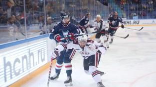 """Pret Rīgas """"Dinamo"""" vārtus guvis uzbrucējs atzīts par KHL nedēļas labāko"""
