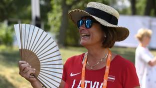"""LOV galvenā ārste: """"IAAF pasaules čempionātā piedāvāja norīt kapsulu"""""""