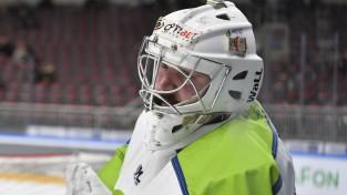 Latvijas čempionāts atgriezīsies ar čempiones un debitantes dueli Sportacentrs.com TV tiešraidē