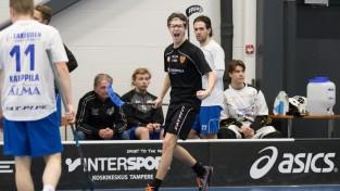 Latvieši nokārto uzvaru Somijā, Krastiņai pirmie punkti sezonā
