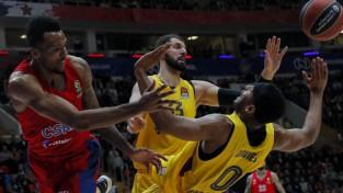 """Mirotičs pēdējā sekundē sarūpē """"Barsai"""" uzvaru pār Strēlnieku un CSKA"""