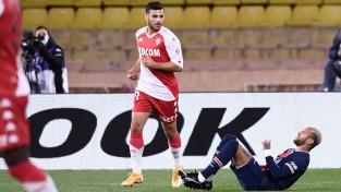 """""""Monaco"""" neticamā mačā atspēlē 0:2 un sagādā PSG vēl vienu zaudējumu"""