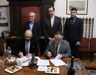 Daugavpils teātris ir parakstījis sadarbības līgumu ar  Jevgeņija Vahtangova Maskavas Akadēmisko teātri